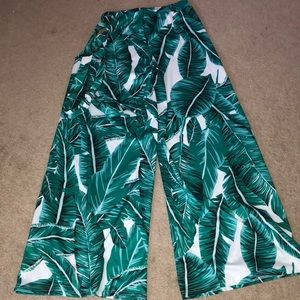 Pants - ❌Offer❌Tropical Palazzo Pants Size Large